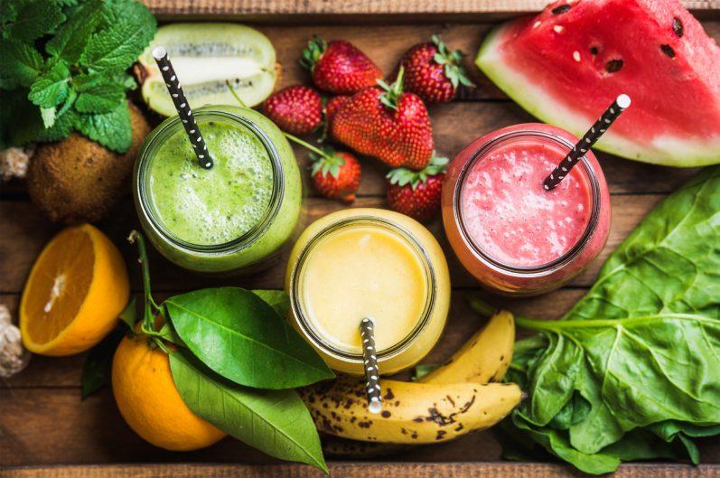 Os benefícios dos sucos de frutas com legumes e verduras